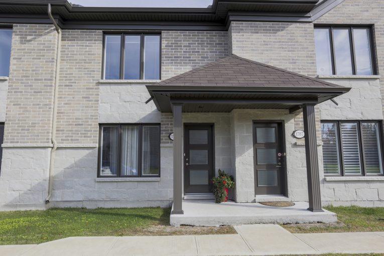 Photo Location d' appartements secteur Trois-Rivières P-A Gouin(style maison de ville) #2