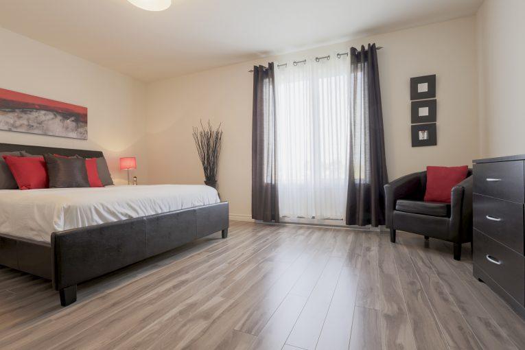 Photo Location d' appartements secteur Trois-Rivières P-A Gouin(style maison de ville) #11